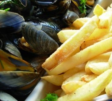Seafood Saturdays – every Saturday lunchtime, 12pm-3pm